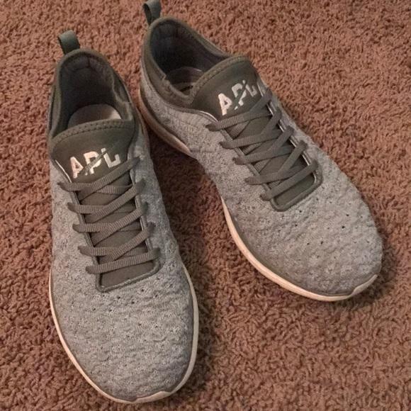 0e80e6242 apl shoes phantom techloom style sz 9 women poshmark .